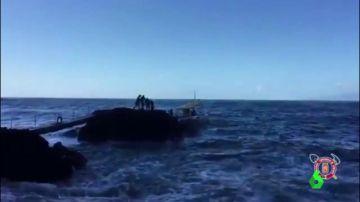 Rescatados los ocho turistas alemanes que pasaron la noche refugiados en una cueva en Tenerife
