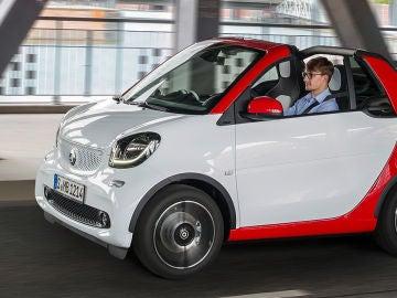 smart-fortwo-cabrio-2016-23.jpg