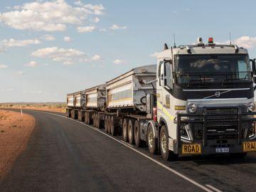 volvo-video-trenes-carretera-australia-2016-00.jpg