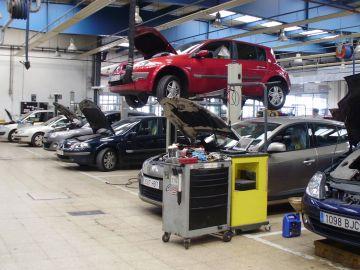 Imagen de un taller de coches