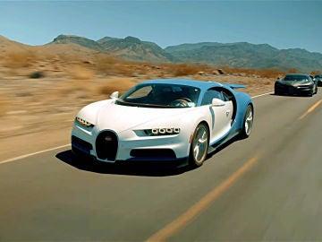 bugatti-chiron-test-desierto-2016-01.jpg