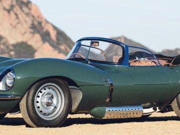 1957-Jaguar_XKSS-2017_5.jpg
