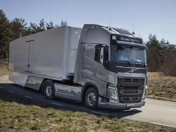 camion-volvo-2016-02.jpg