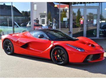 Ferrari-LaFerrari_10-millones.jpg