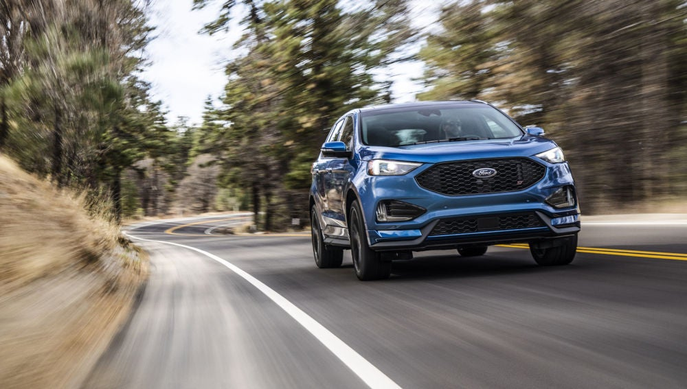 2019-ford-edge-st-photos-and-full-info-news-car-and-driver-photo-699972-s-original.jpg