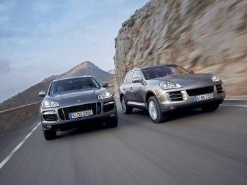 2007-Porsche-Cayenne-Cayenne-Turbo-and-Cayenne-1280x960.jpg