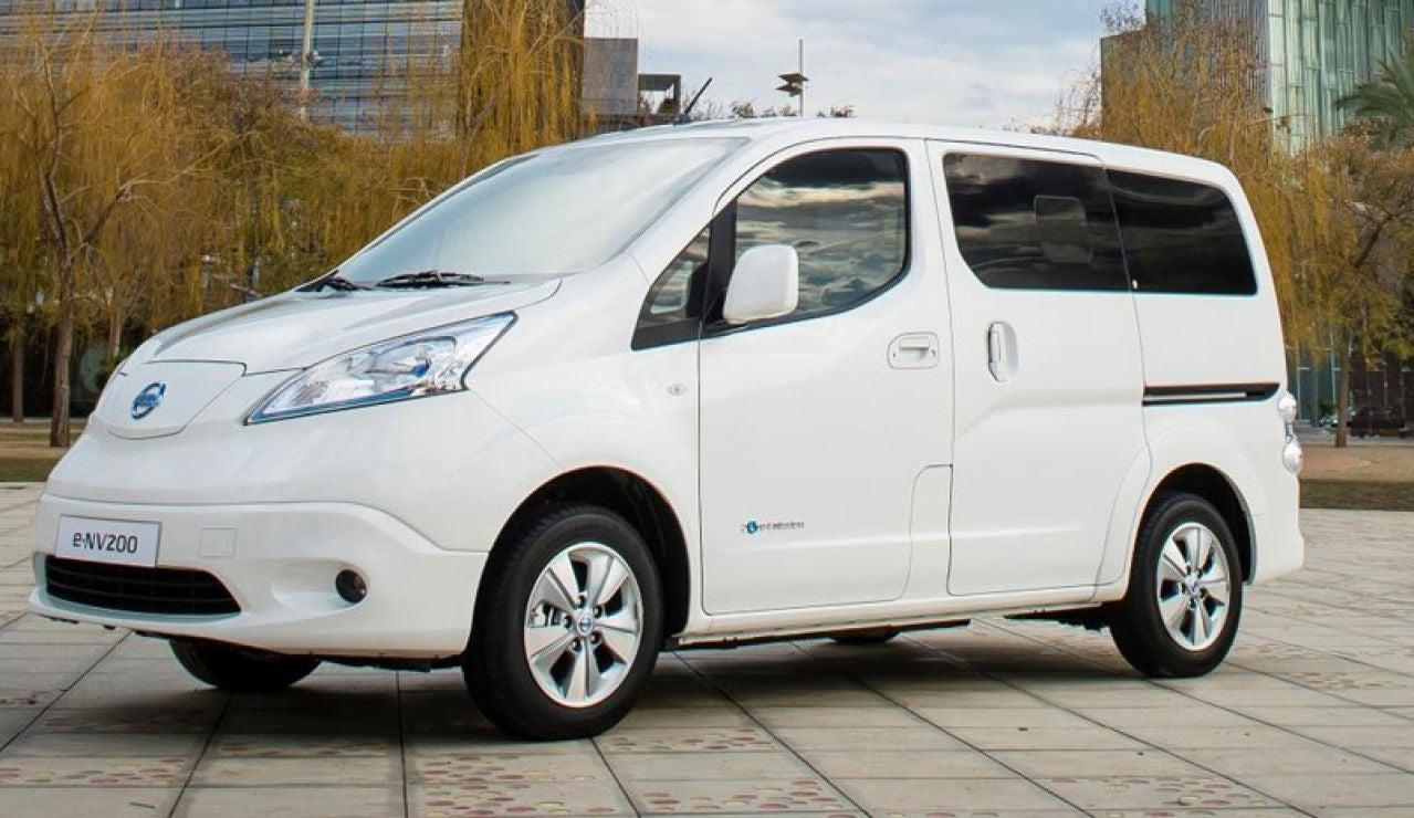 426205627_Nissan_world_premiere_of_new_longer_range_e_NV200_van.jpg