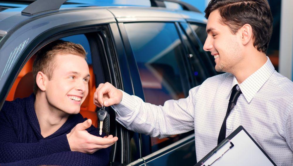 Comprar un coche en un concesionario