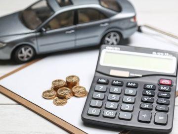 coche-impuesto-dinero-0917-01.jpg