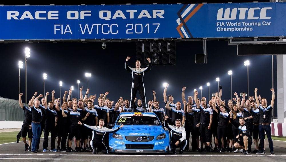 CC-Volvo-campeones-WTCC-2017.jpg