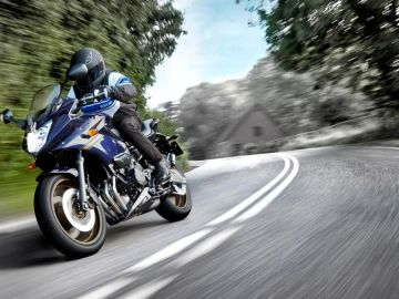 moto-carretera-trafico-dgt-1017-01.jpg