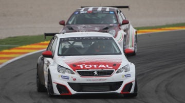 CC-Peugeot-TCR-2016.jpg