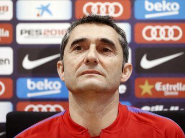 Valverde, durante la rueda de prensa