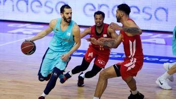 Pau Rivas en el partido frente al Murcia