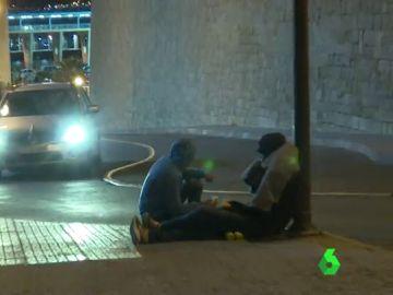 'Riski', el método que utilizan cientos de menores en Melilla para intentar llegar a la Península