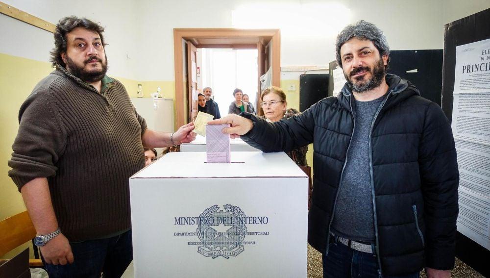 Miembros del Movimiento 5 Estrellas de Italia