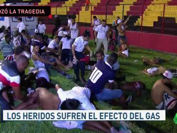 Una avalancha en la grada deja 60 heridos en el fútbol brasileño
