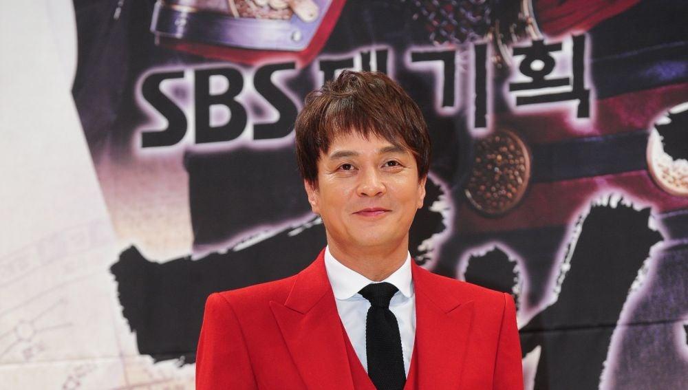 Fotografía de archivo del 26 de septiembre de 2012 que muestra al actor surcoreano Jo Min-ki en un evento en Seúl (Corea del Sur)