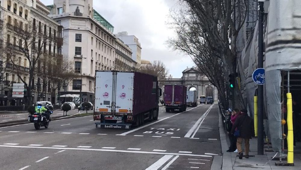 Camiones parten de Madrid al Sáhara