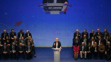 Marine Le Pen  en el XVI Congreso del Frente Nacional en Lille (Francia)
