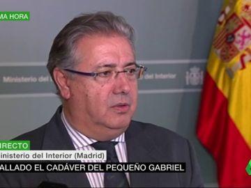 """Zoido habla con los padres de Gabriel: """"Les he trasladado el profundo dolor del Gobierno y de todos los españoles"""""""