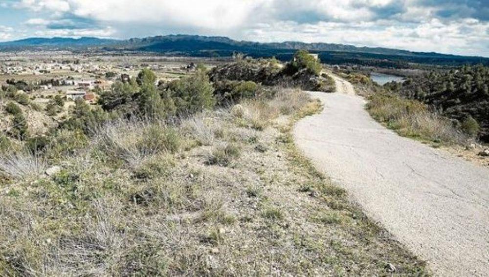 El camino donde el ciclista fue agredido por cinco perros