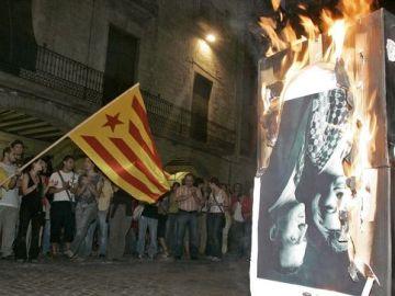 La quema de la foto de los reyes en 2007