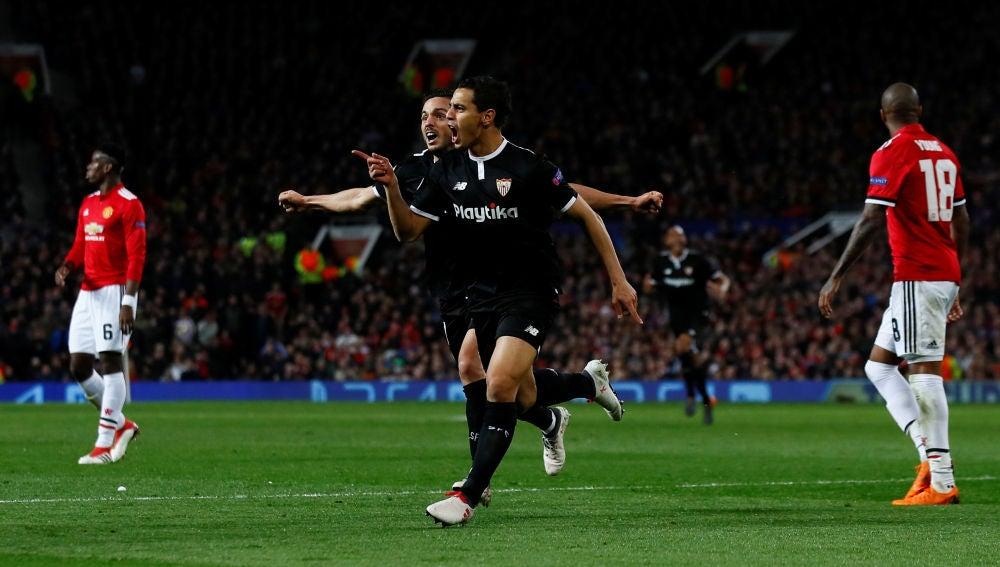 Ben Yedder celebra su gol ante el United