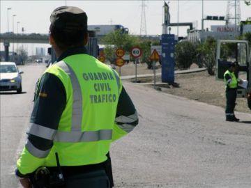 Imagen de un agente de la Guardia Civil de tráfico