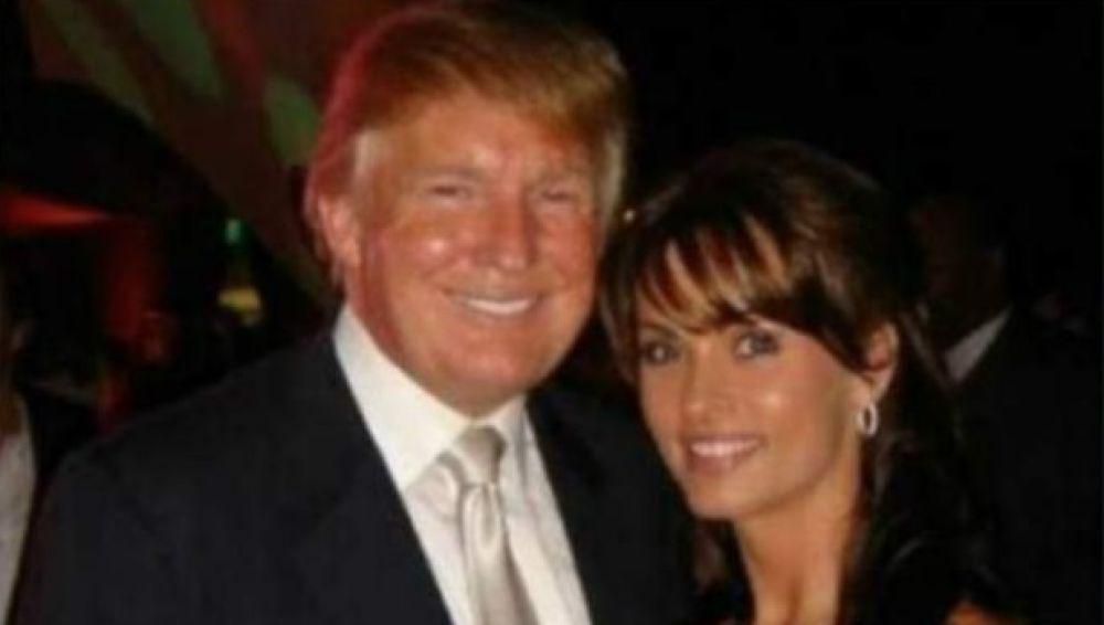 La exmodelo Karen McDougal con Donald Trump