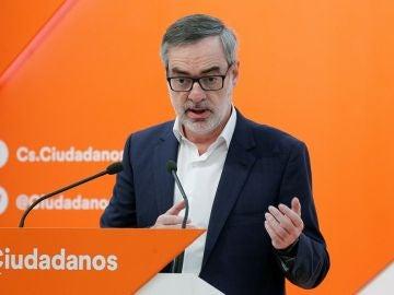 José Manuel Villegas en rueda de prensa
