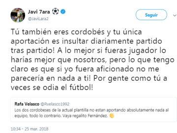 Javi Lara respondiendo un comentario de un aficionado
