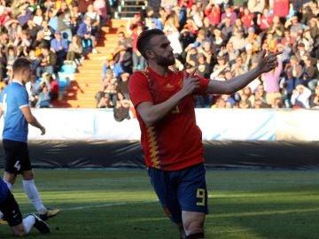 Borja Mayoral celebra un gol ante Estonia
