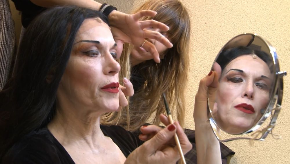 Carmen Conesa es Morticia en el musical de La Familia Adams