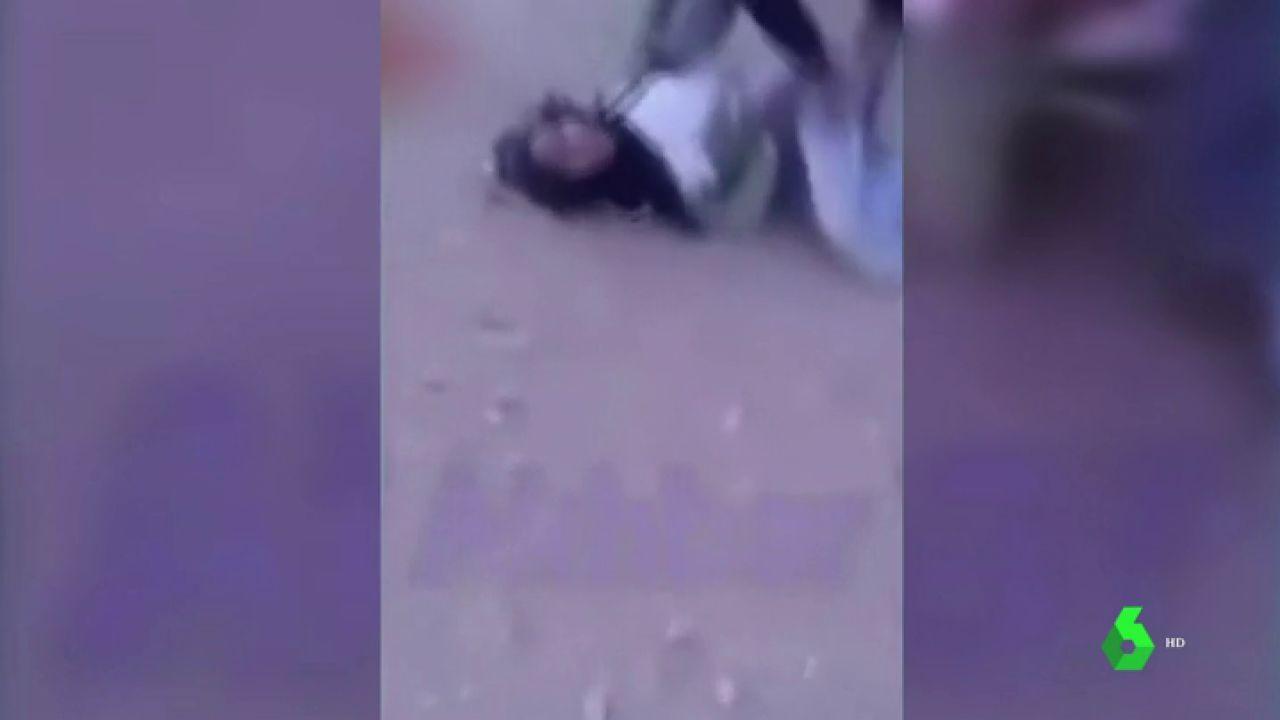 Abusando De Ella A Escondidas Porno conmoción en marruecos por el vídeo de la agresión sexual de un joven a una  menor en plena calle