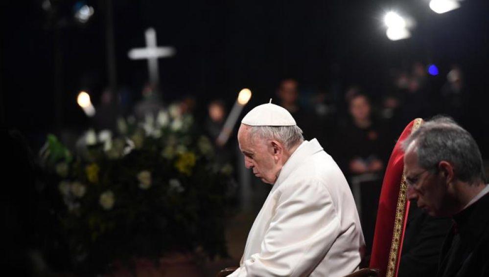 El Papa Francisco preside el Viacrucis en Roma