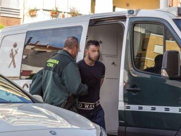 Acusado de matar a su madre y a su hermano en Murcia