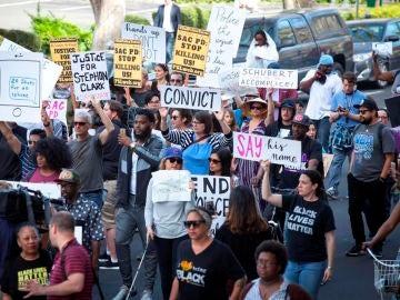 Protestas en Sacramento por la muerte de un afroamericano a manos de la Policía
