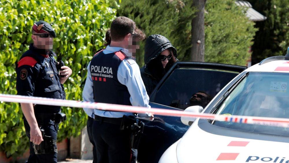 Los Mossos d'Esquadra trasladan a Rosa Peral, la guardia urbana de Barcelona acusada de matar a su expareja junto a un compañero del cuerpo en Vilanova i la Geltrú