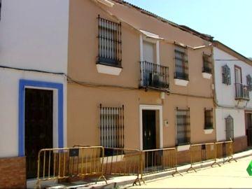 La cornisa de una vivienda en Sevilla