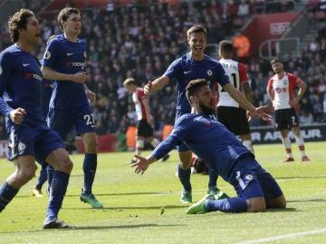 Giroud celebra un gol