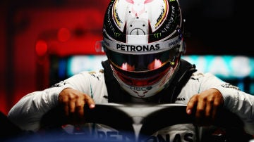 Hamilton, a bordo del Mercedes