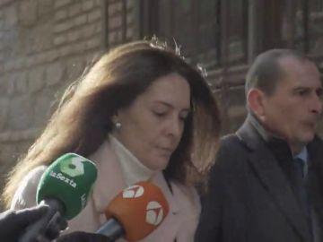 """Gritos de """"sinvergüenza"""" a Alejandra Fernández a su llegada la Audiencia de Toledo por el presunto asesinato de su hijo Daniel"""