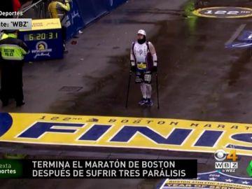 La superación de Thomas Smith: consiguió acabar el maratón de Boston tras sufrir tres parálisis