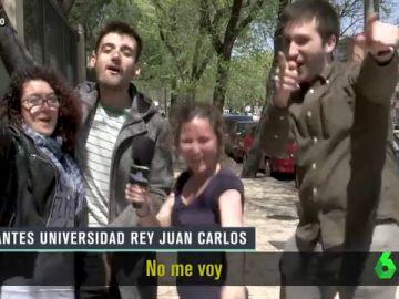 """Alumnos de la URJC se atreven con el hit de Cristina Cifuentes en El Intermedio: """"No me voy, me quedo"""""""