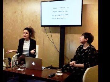 Sabina Urraca y Elena Medel, en un evento cultural