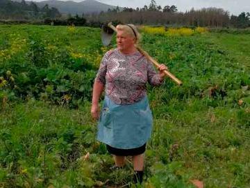 Dolores Leis, famosa por su parecido con Trump