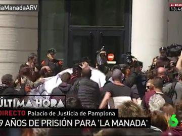 Protestas frente a la Audiencia de Navarra