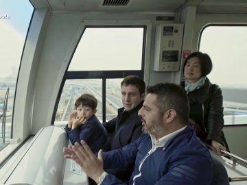 Jalis de laSerna, en un tren autónomo en Enviado especial