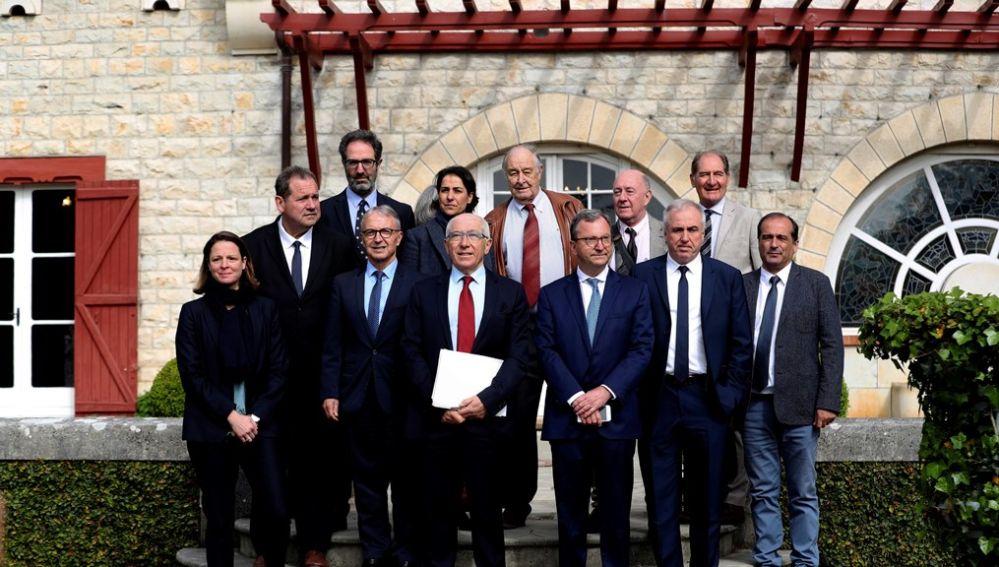 Personalidades internacionales llegan a Cambo al acto sobre el fin de ETA